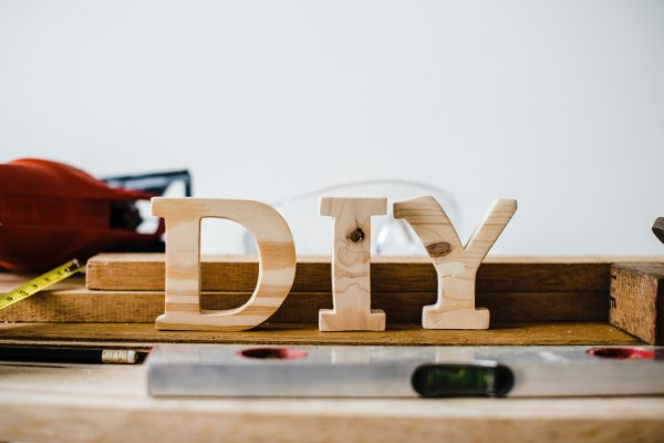 How to Learn Household DIY Repair Skills